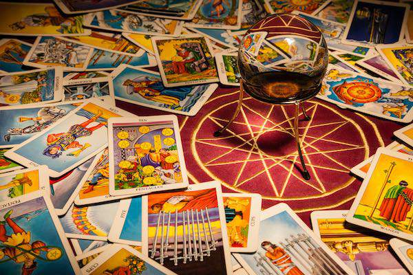 Tarot gratis todo sobre la cartomancia - El espejo tarot gratis ...